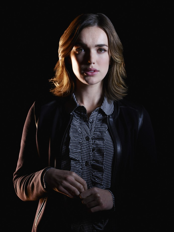 Elizabeth Henstridge as an agent of shield.jpg
