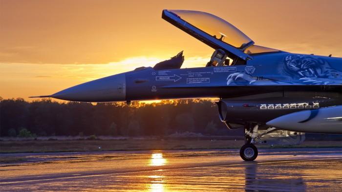 F-16 Morning.jpg