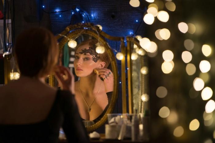 Mirror Woman.jpg