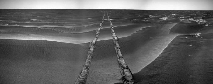 Martian Tracks.jpg