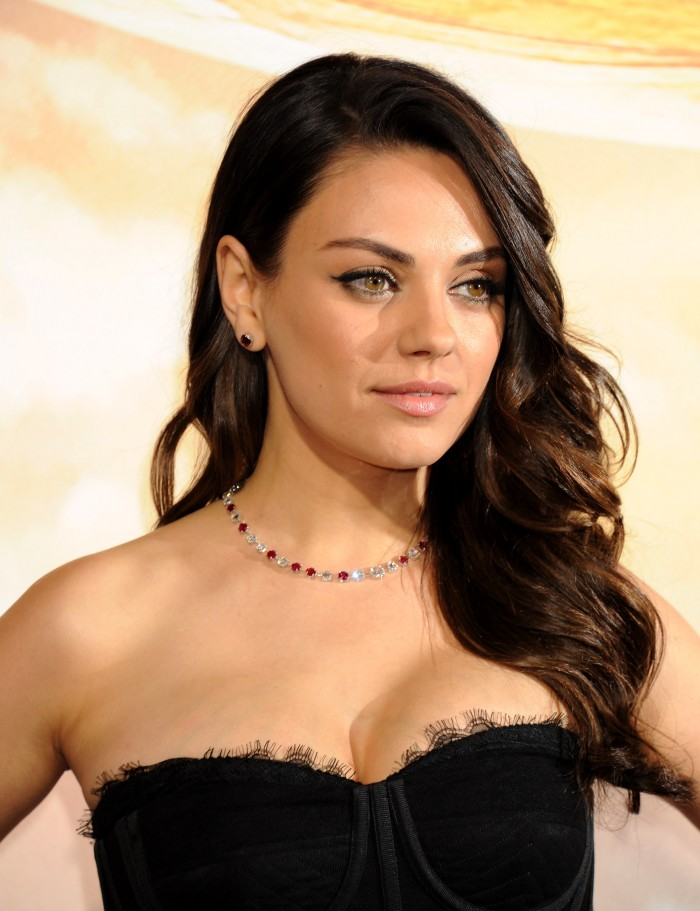 Mila Kunis - so beautiful.jpg