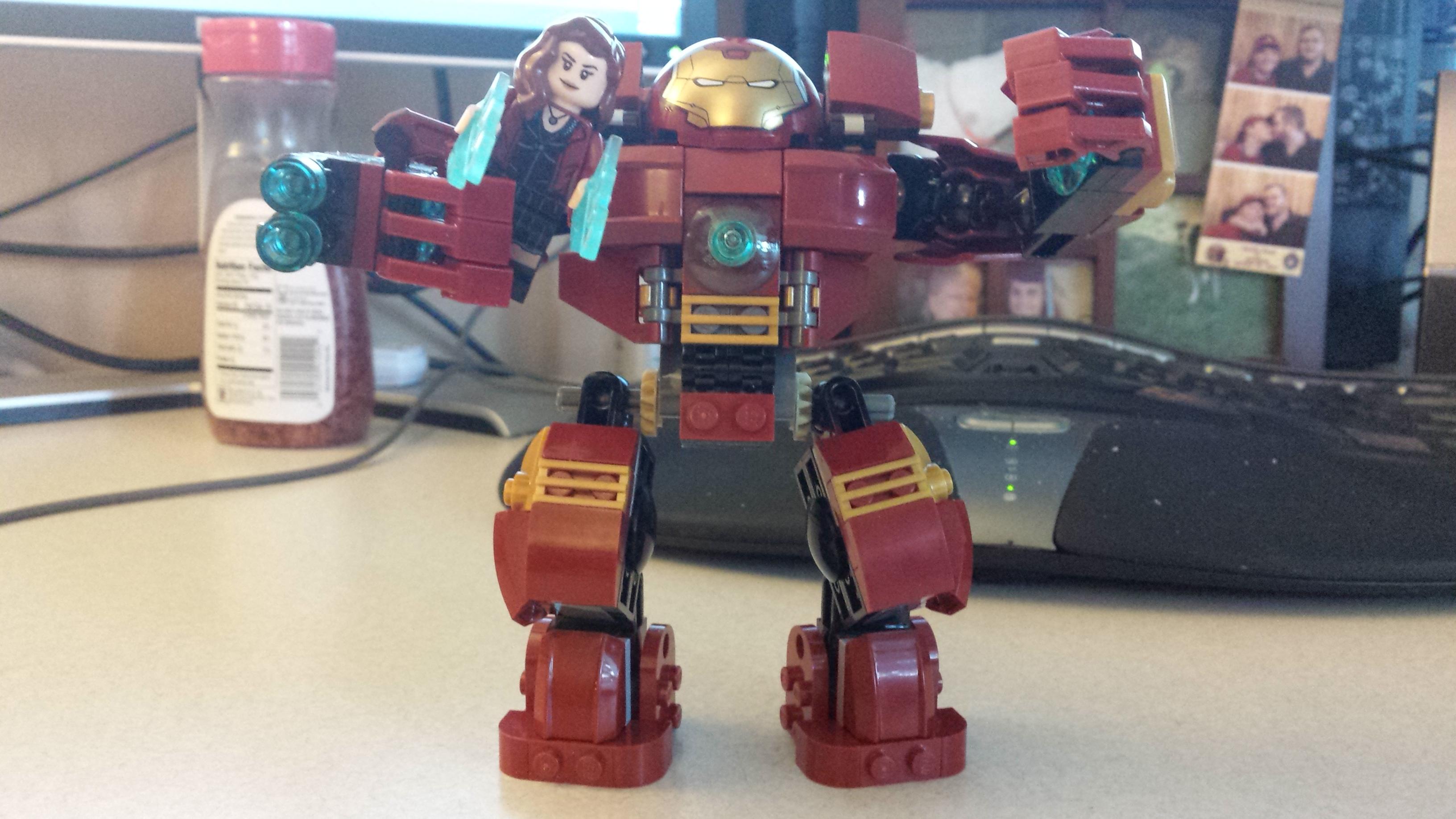 Lego Iron Mans Hulk Killer.jpg