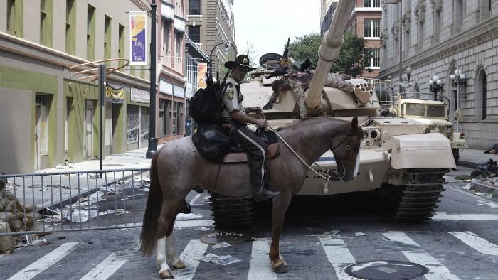 Walking Dead - Horse and Tank.jpg