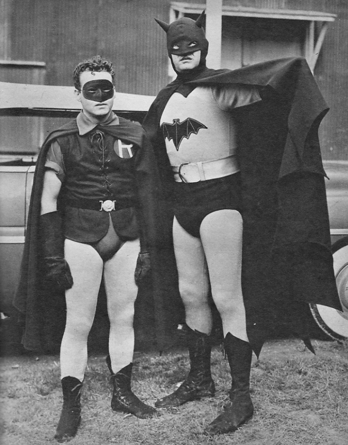 Robert Lowery and Johnny Duncan as Batman and Robin in the 1949 film 700x894 Robert Lowery and Johnny Duncan as Batman and Robin in the 1949 film
