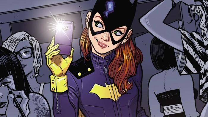 Batgirl selfie 700x394 Batgirl selfie