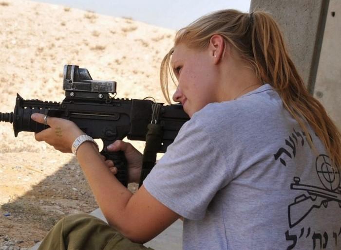 Jew with Machine Gun.jpg