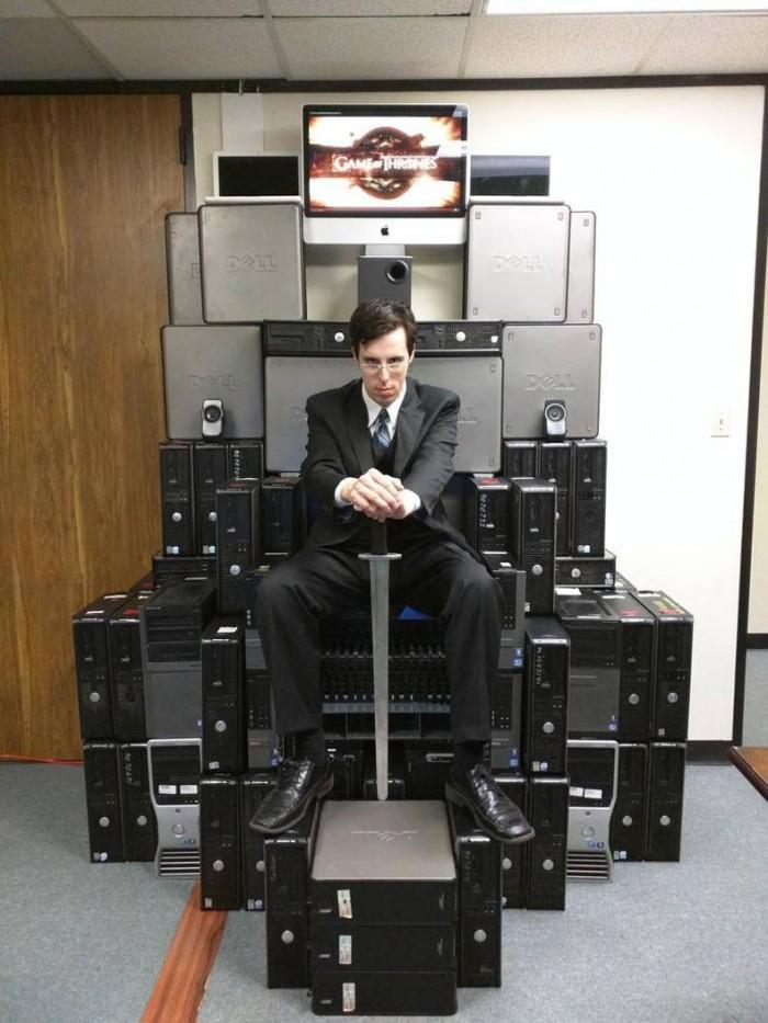 Computer Throne.jpg