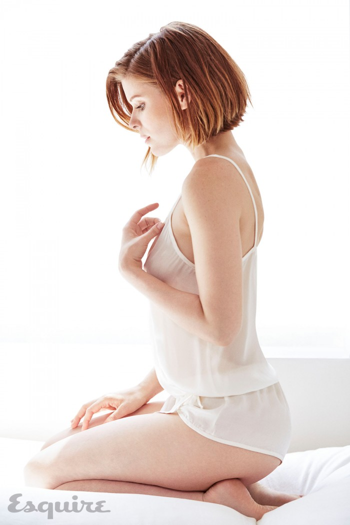 Kate-Mara-Esquire-August-2015-4