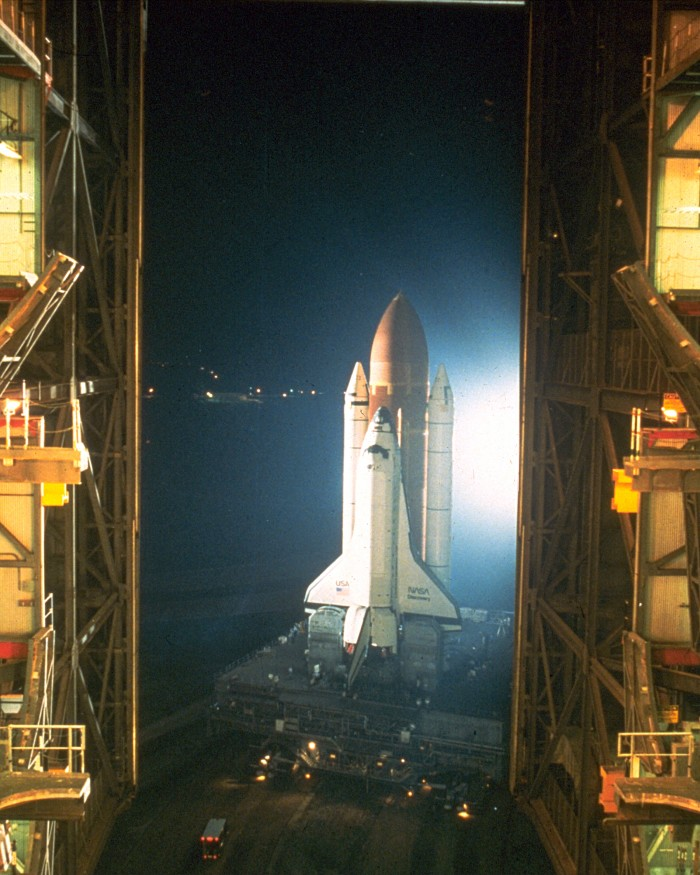 STS-26 Rollout.jpg