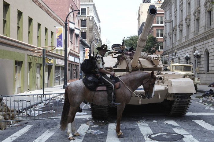 The Walking Dead - Horse and Tank.jpg