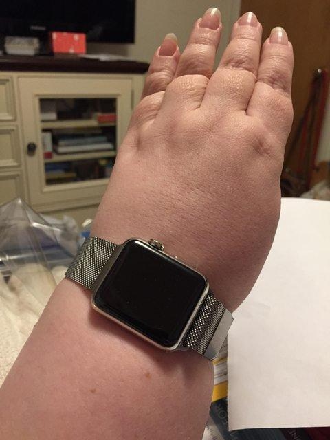 Apple Watcher.jpg