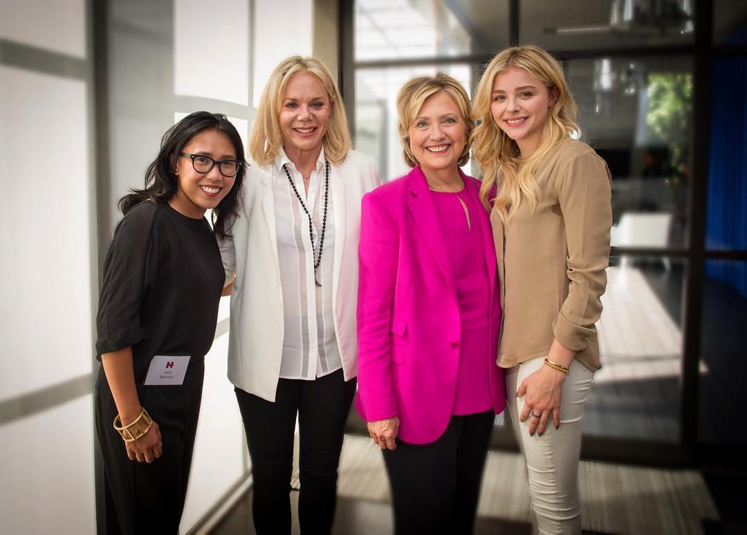 Chloe Moretz and Hillary Clinton.jpg