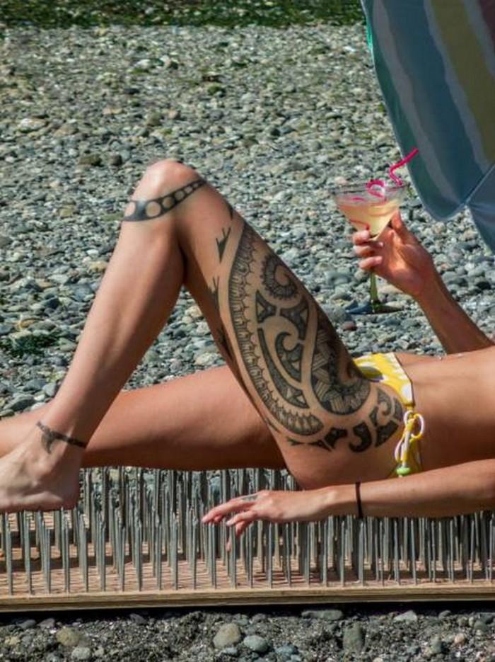 long leg tattoo.jpg