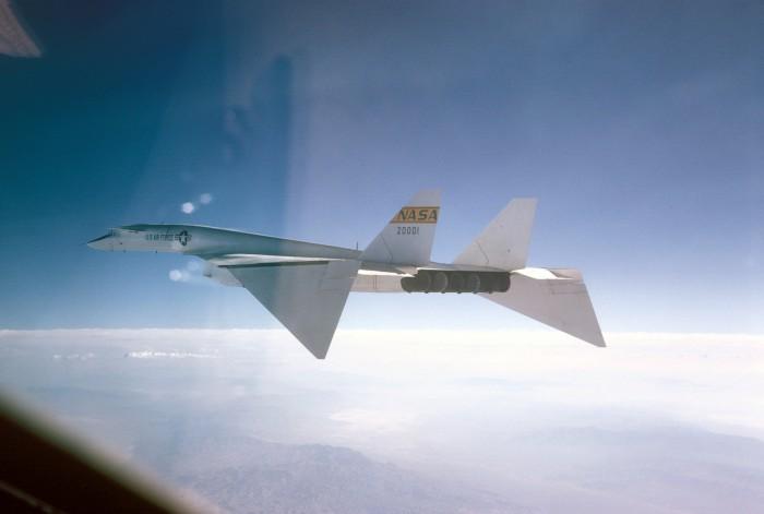 6a43ba7639 700x471 nasa test plane NASA