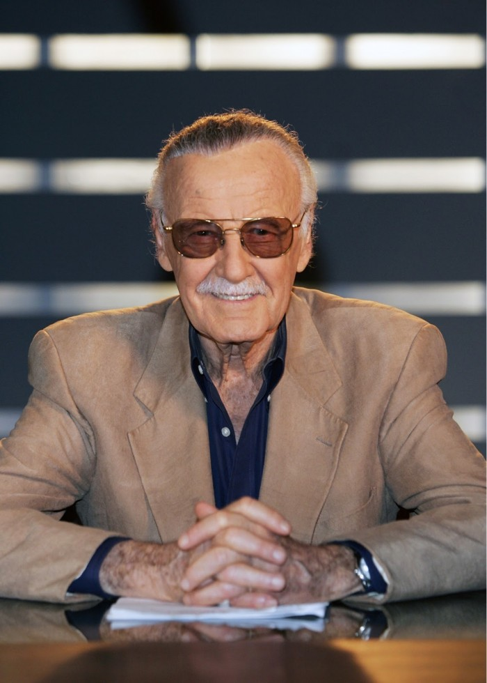 Stan Lee with glasses.jpg