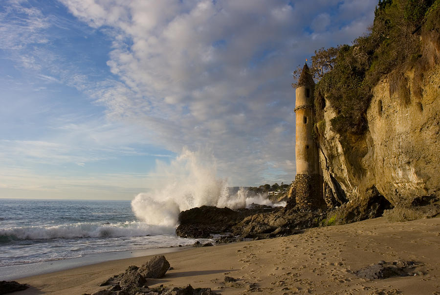 tower-at-laguna-beach-cliff-wassmann