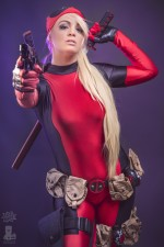 Deadpool Ellei Marie 001 150x225 deadpool blonde cosplayer