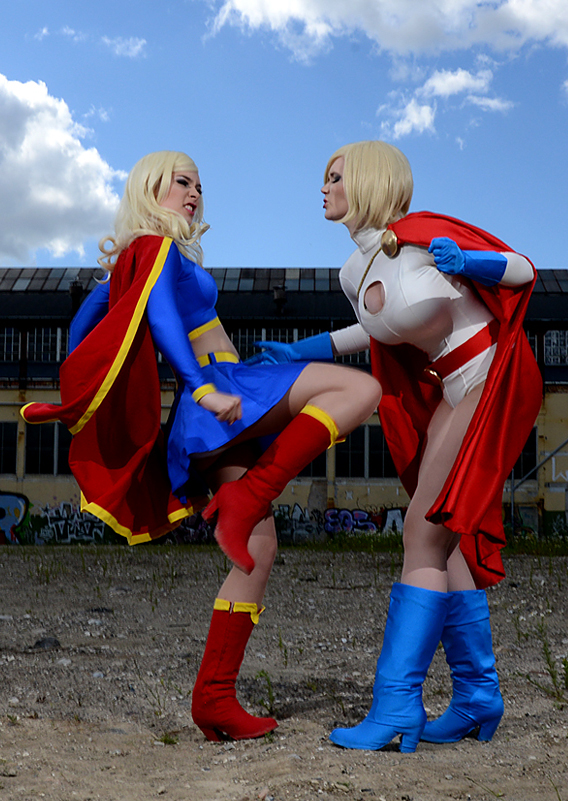 Power_Girl-Supergirl-005.jpg