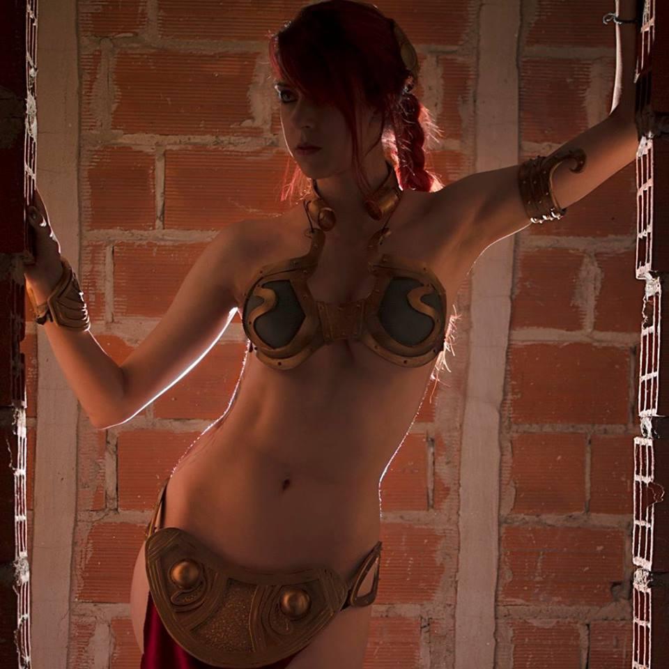 Slave_Leia-Marianne_Black-001.jpg