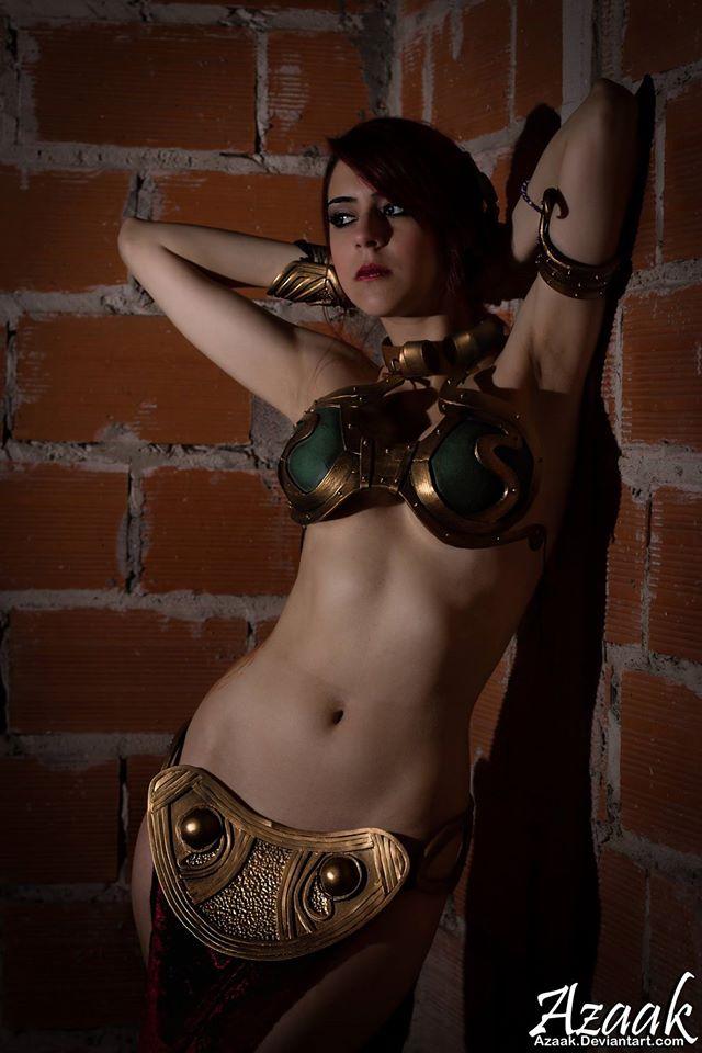 Slave_Leia-Marianne_Black-002.jpg