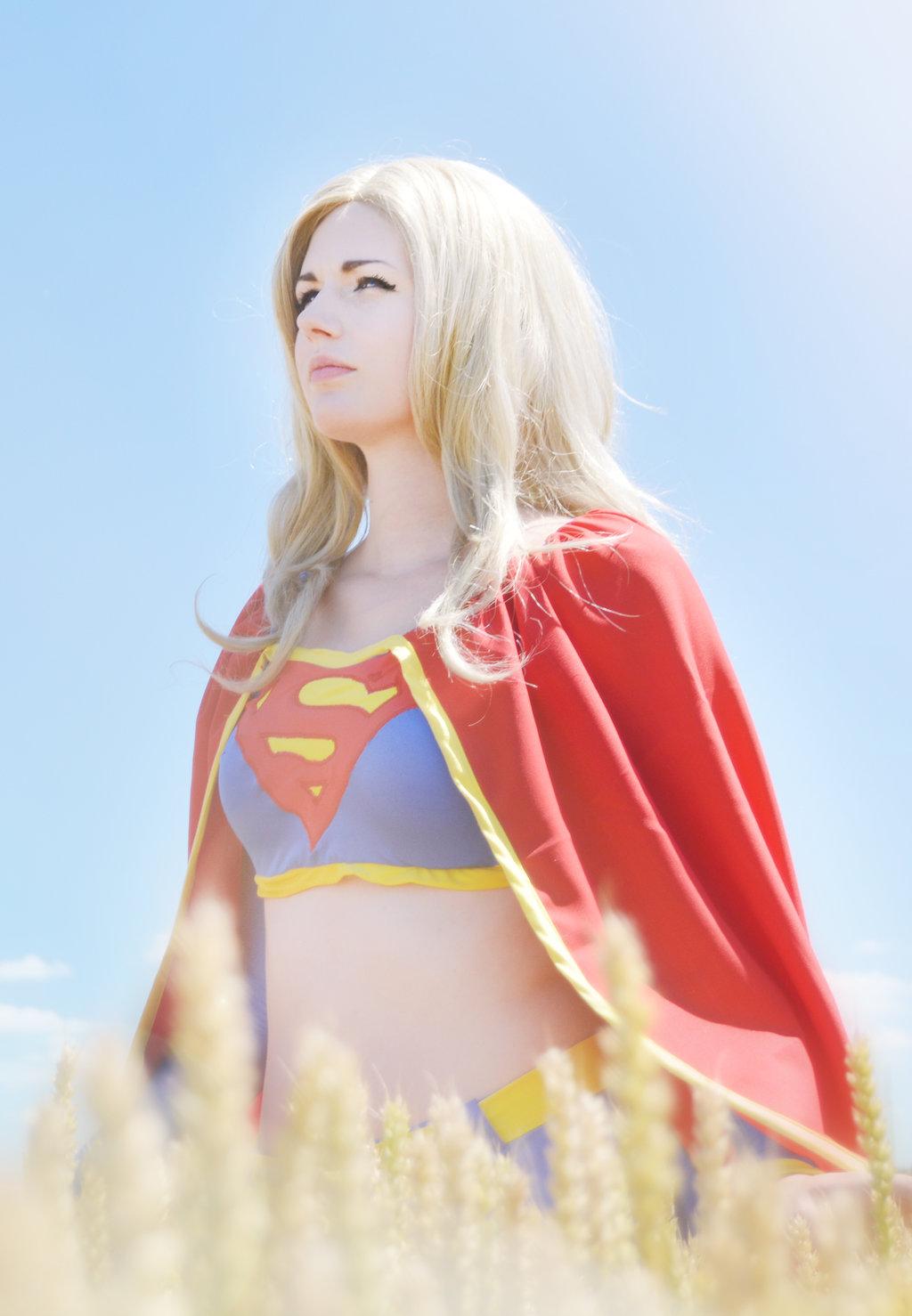 Supergirl-PureLight_Cosplay-001.jpg