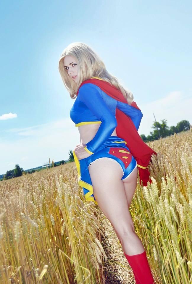 Supergirl-PureLight_Cosplay-006.jpg