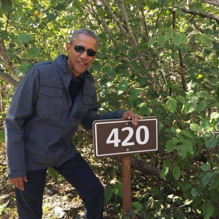 obama 420 sign.jpg