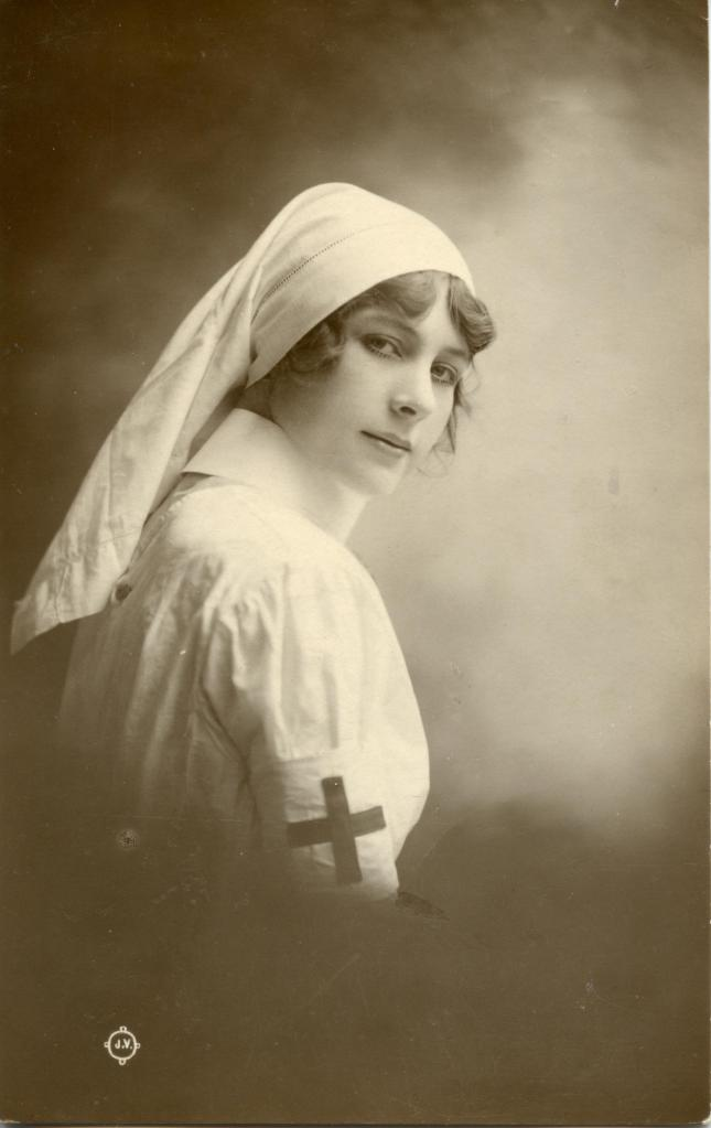 redcrossnurse001