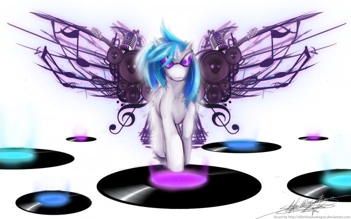 DJ pon3 on record.jpg