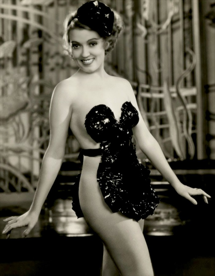 Doris McMahon in Hip, Hips, Hooray