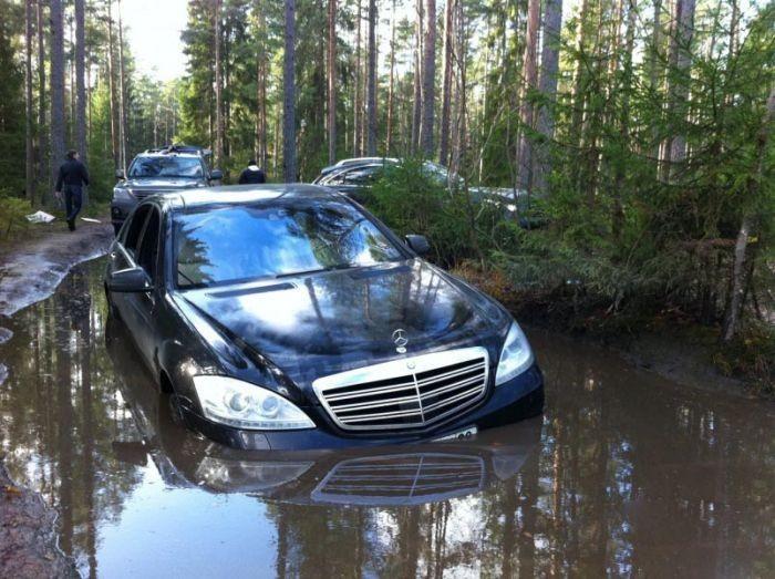 Mercedes Off Roading.jpg