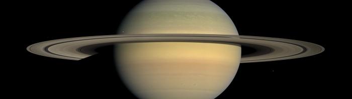 Saturn-dual-monitor-wallpaper