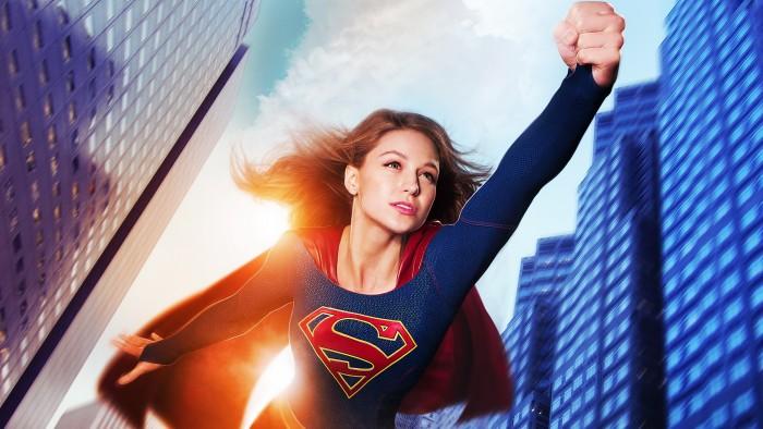 supergirl in flight 700x394 supergirl in flight