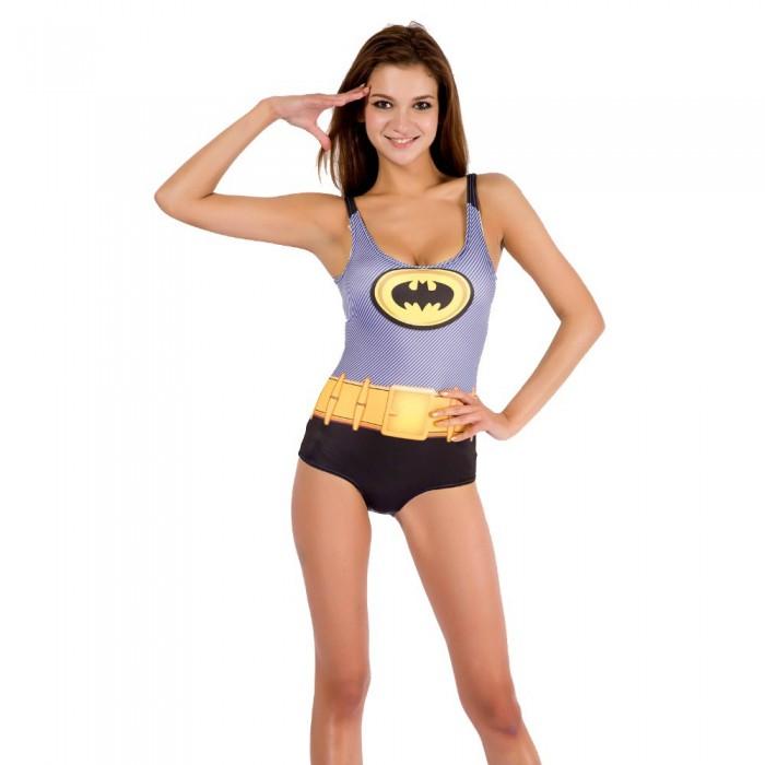 Batman Salute 700x700 Batman Salute