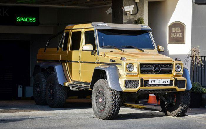 gold_supercars_04.jpg