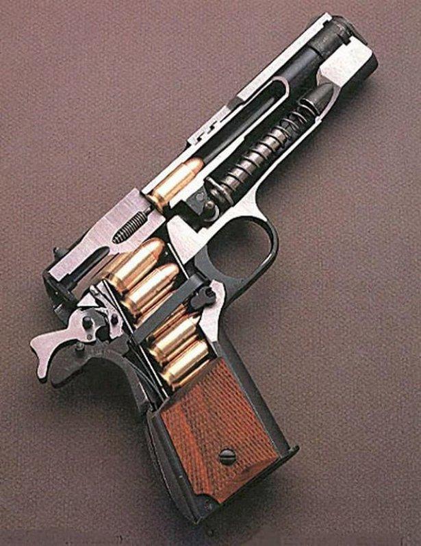 gun mental-break-023-08262015