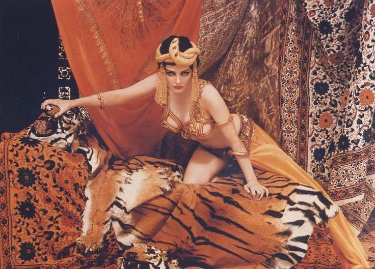 thedamonroe Marylin Monroe as Theda Bara Richard Avedon NeSFW Marylin Monroe Life magazine