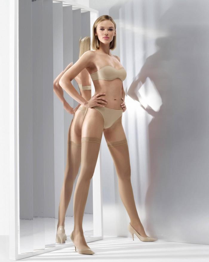 very long legs 700x874 very long legs vertical wallpaper Sexy NeSFW Anna Tokarska
