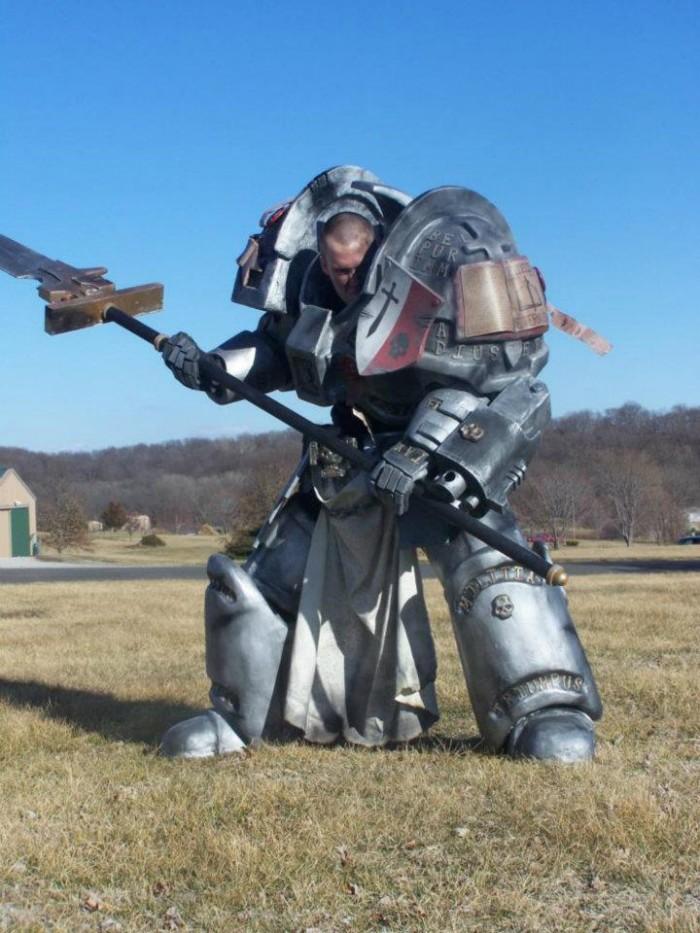 warhammer cosplayer.jpg