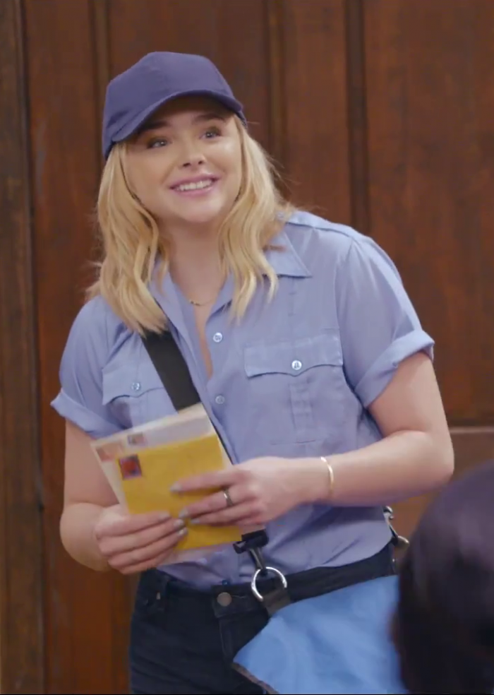 Chloe is a mailman.png