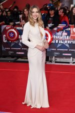 Elizabeth Olsen bangtidy net 1805492 150x225 Elizabeth Olsen – Captain America Civil War Premiere in London 26.04.16 vertical wallpaper Sexy Elizabeth Olsen