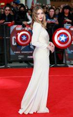 Elizabeth Olsen bangtidy net 1805543 150x240 Elizabeth Olsen – Captain America Civil War Premiere in London 26.04.16 vertical wallpaper Sexy Elizabeth Olsen
