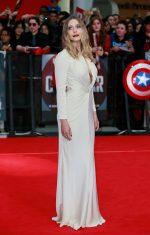 Elizabeth Olsen bangtidy net 1805559 150x235 Elizabeth Olsen – Captain America Civil War Premiere in London 26.04.16 vertical wallpaper Sexy Elizabeth Olsen