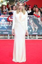 Elizabeth Olsen bangtidy net 1805582 150x225 Elizabeth Olsen – Captain America Civil War Premiere in London 26.04.16 vertical wallpaper Sexy Elizabeth Olsen