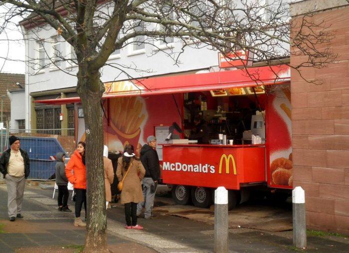 McDonalds Food Truck 700x507 McDonalds Food Truck wtf mcdonalds Food