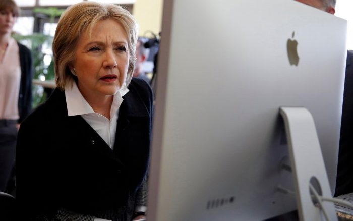 hillary clinton using a computer 700x438 hillary clinton using a computer Wallpaper hillary clinton election 2016