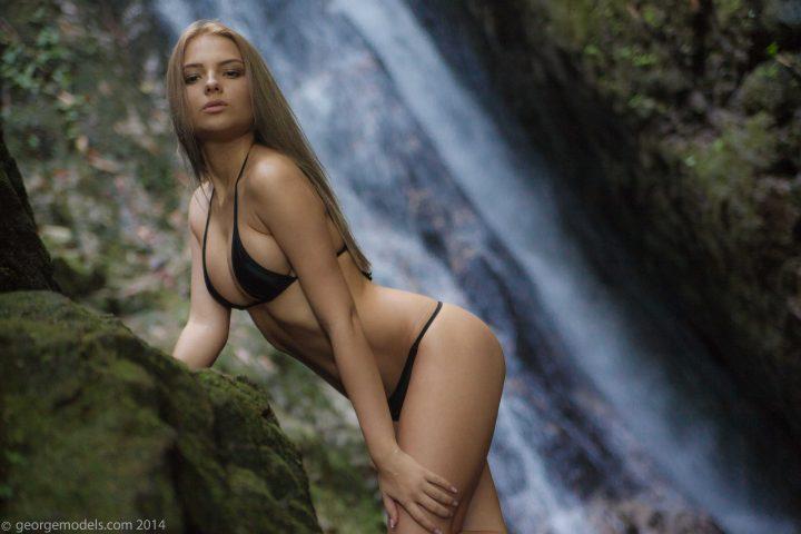 Lovely beautiful woman in bikini 720x480 Lovely beautiful woman in bikini