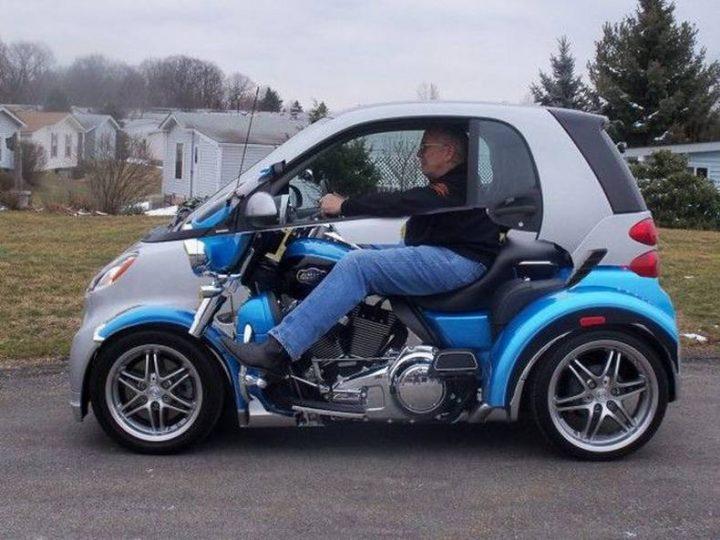 Smart Motorcycle Car 720x540 Smart Motorcycle Car Visual Tricks motorcycles Cars