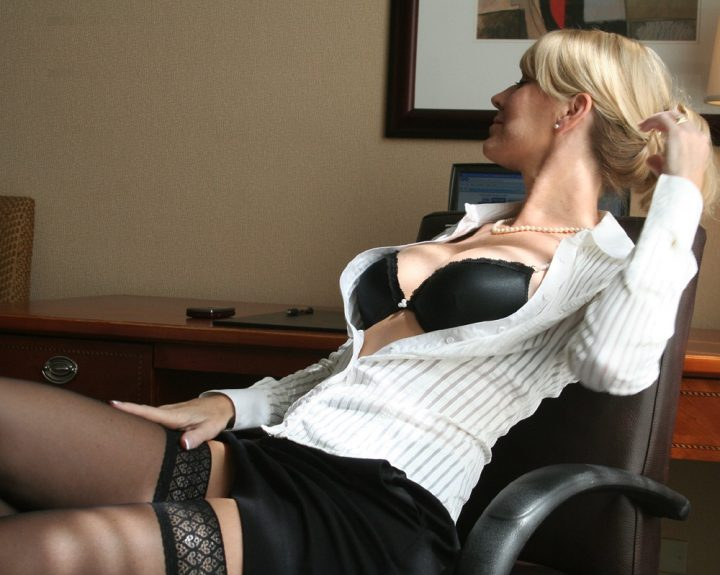 office blonde assistant 720x575 office blonde assistant Sexy NeSFW