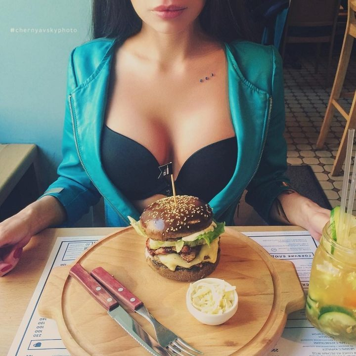 Captain Boobs Burger.jpg